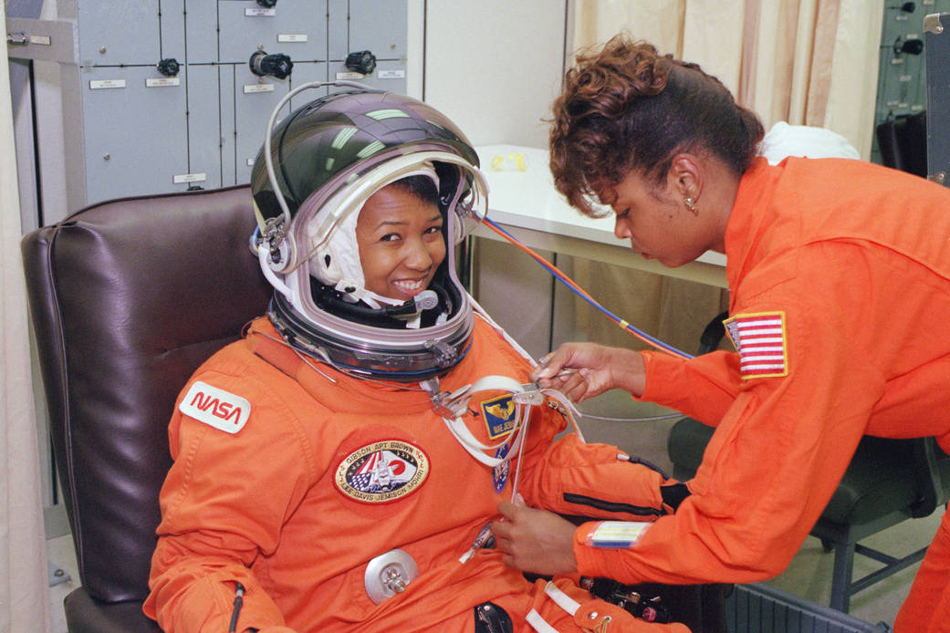 Astronaut Mae Jemison Suits up for Launch ksc 92pc 1881